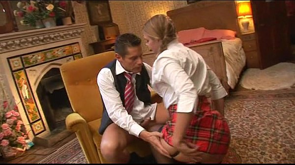 Filme porno anal com loira gostosa dando o cu