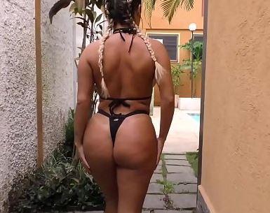 O melhor do porno brasileiro com Mia Linz