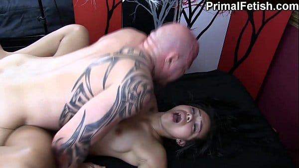 Massagem erótica termina em orgasmo real