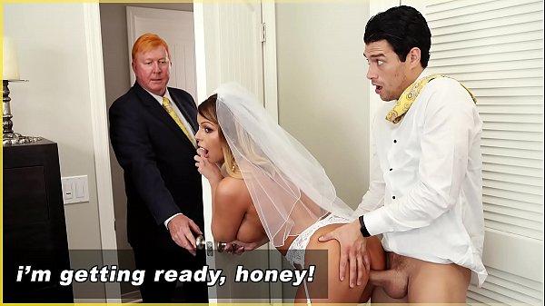 Padrinho fodendo noiva antes do casamento