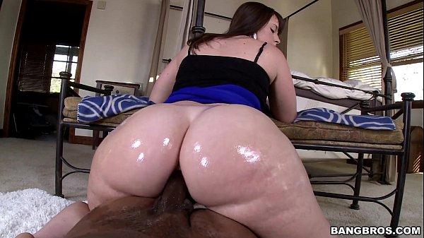 Video pornô de rabuda branquela sentando no negão
