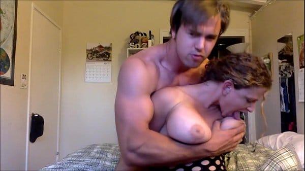 Assistir sexo amador com peituda safada