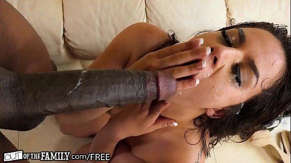Gozando na cara da prima puta depois do sexo