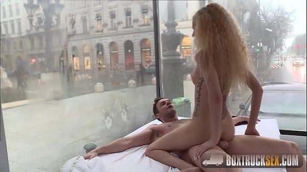 Magrinha em video de sexo no pornô do xvideos
