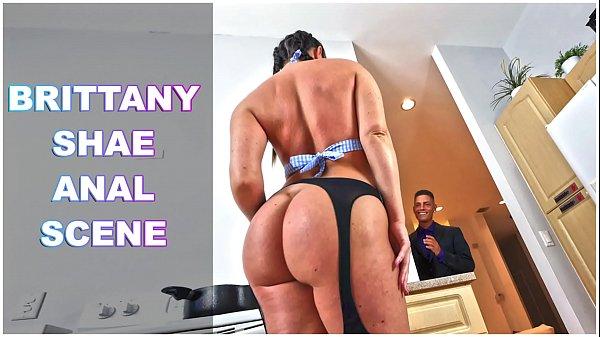 Sexo anal na cozinha com novinha morena rabuda