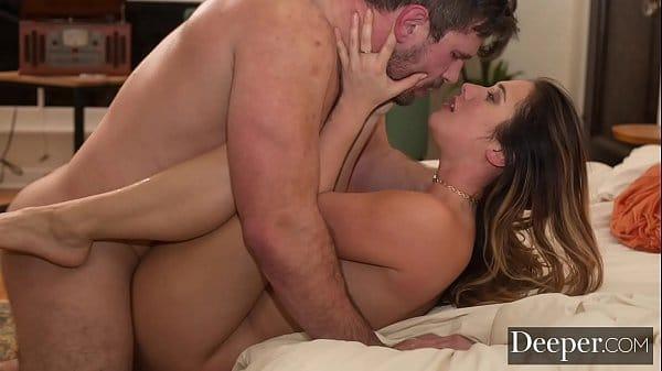 Video de sexo íntimo com morena toda gostosa