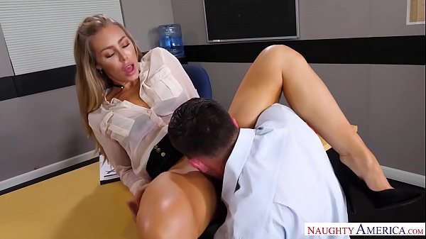 Porno na escola caindo de boca na xoxota deliciosa da minha professora