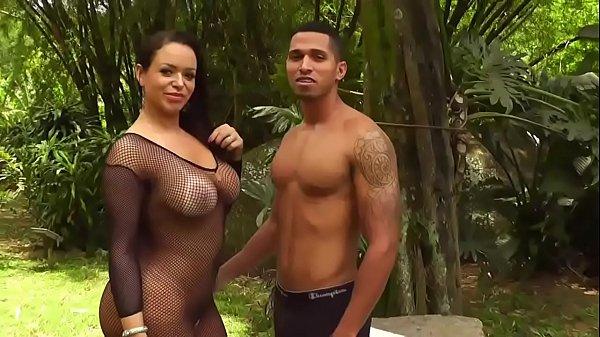 As brasileirinhas porno com a Angel Lima dando para um fã e sem camisinha