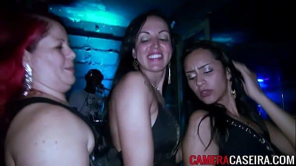 brasileiras xvideos das mulheres se pegando gostoso em uma baladinha