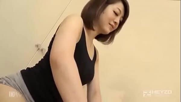 Japonesa transando com cliente na casa de massagem