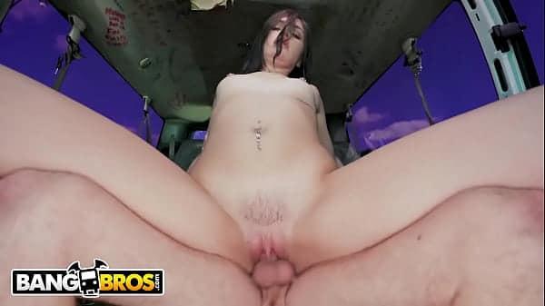 Sexo de brasileiras puta amadora gulosa fodendo com seu namorado